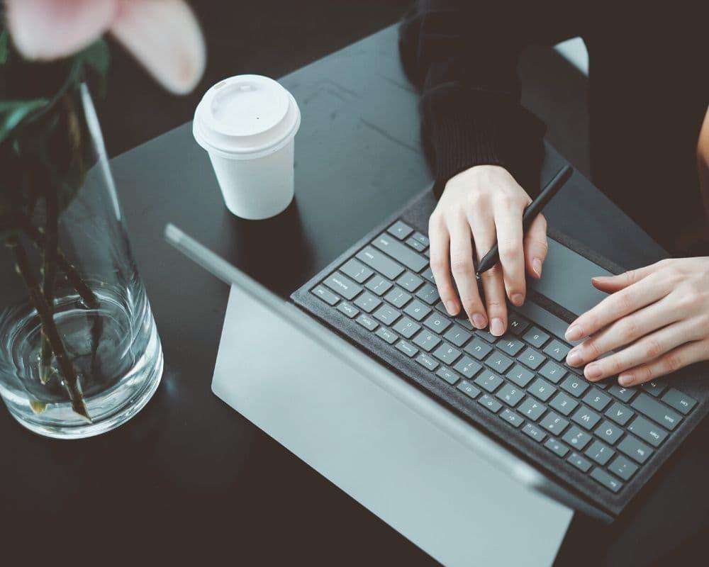Как открыть онлайн-школу в нише иностранных языков